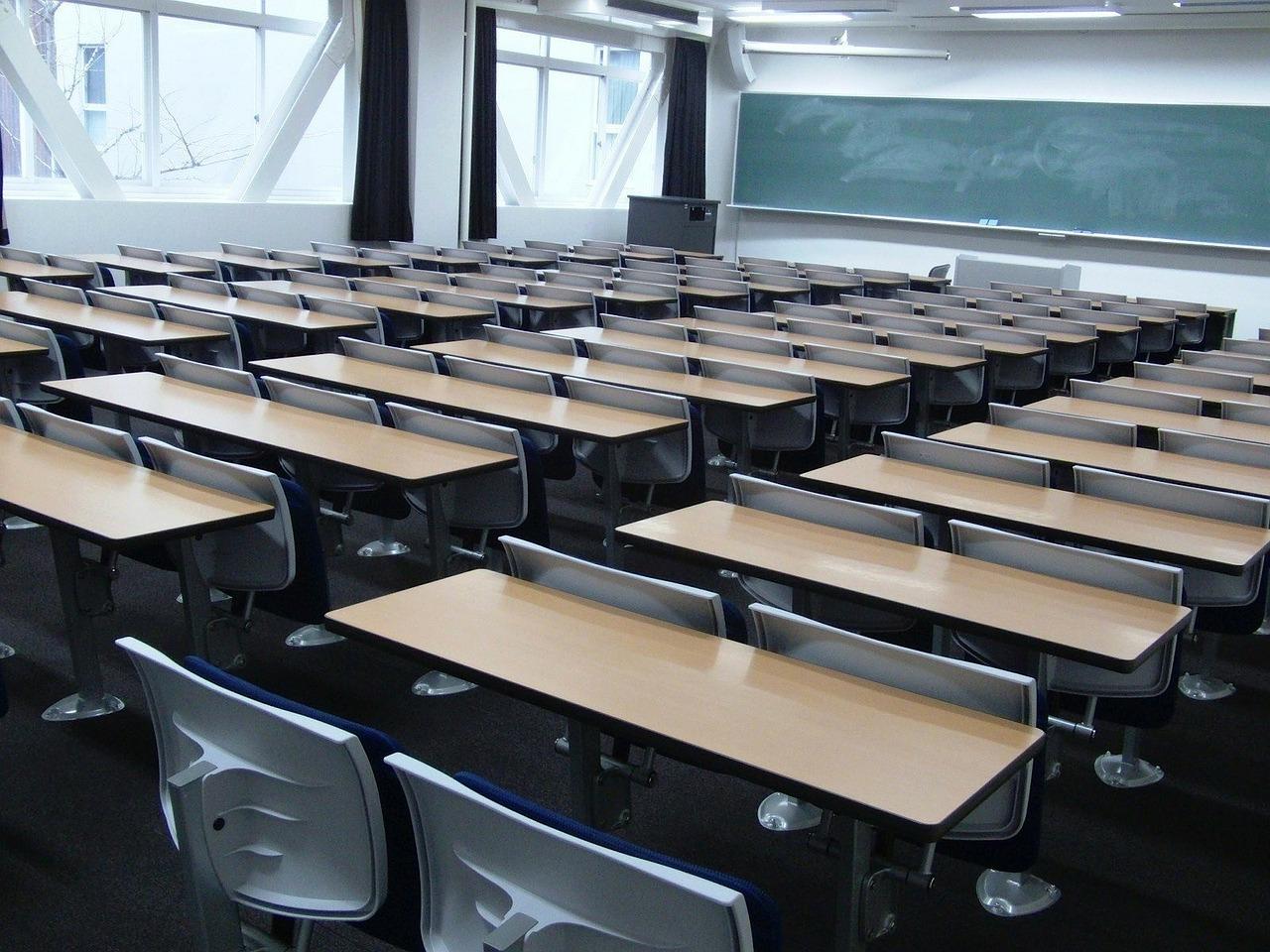 Deti vráti do škôl 4-dňové vyučovanie